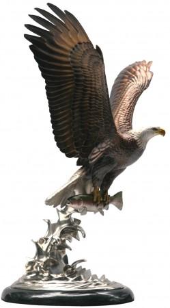 Airborne-Eagle-Sculpture