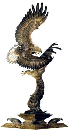 Conflict-of-the-Golde-Ealges-Eagle-Sculpture