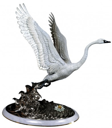 Elegant-Flight-Swan-Bronze-Sculpture