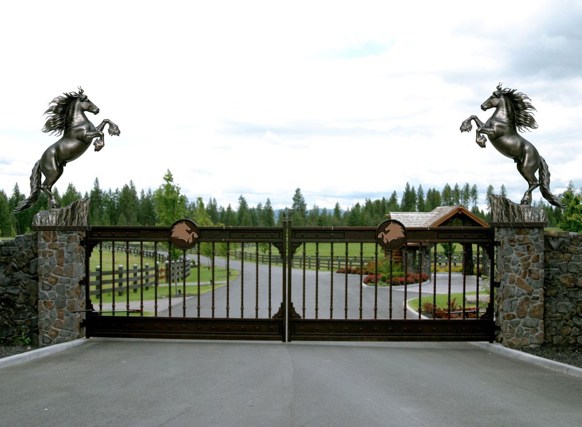 Friedom Friesian Horse Sculpture Estate Gate Entry