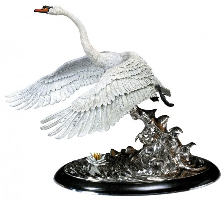 Swan-Lake-Bronze-Swan-Sculpture