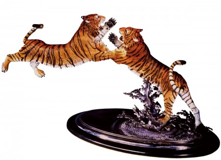 The-Intruder-Bronze-Bengal-Tiger-Sculpture