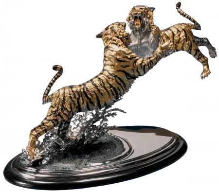 The-Intruder-Gold-Bronze-Bengal-Tiger-Sculpture